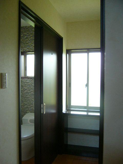 素敵なクロスで、トイレの空間をゆったり!