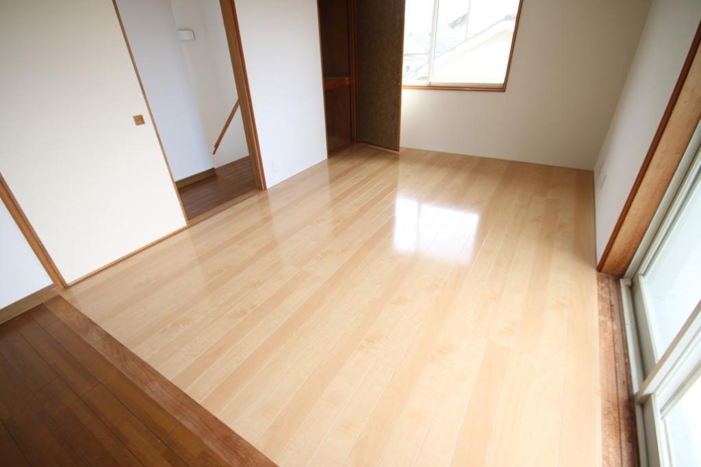 和室からフローリングの洋室に変わりました。