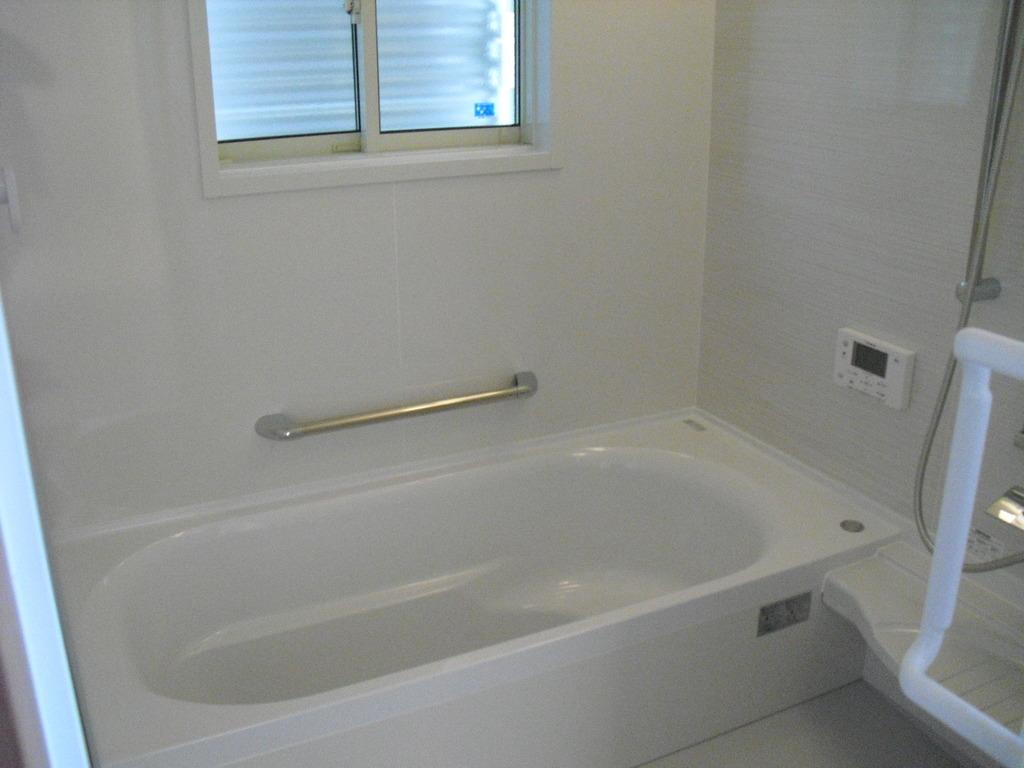 広い浴室でまったりリラックスを!!