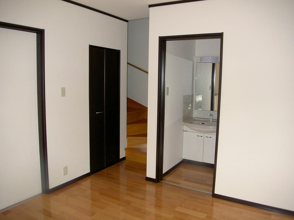 1階はリビング、バス、トイレ<br />